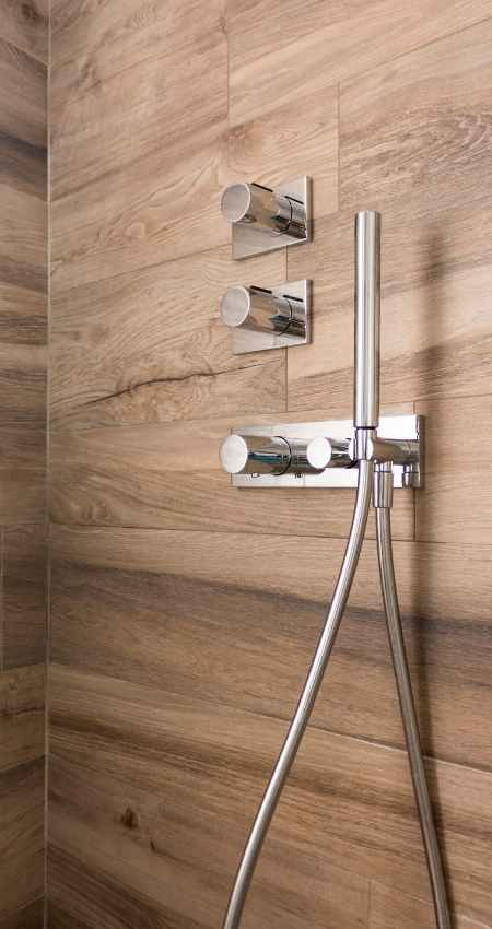 What are the common shower problems?